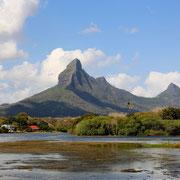 Black River (Mauritius)