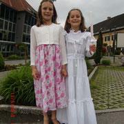 Nina mit ihrer Schwester Julia