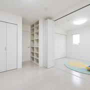 子供室:可動間仕切りがあるため、子供の成長に合わせてフレキシブルに対応。