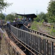 Der Bahnsteig Wernerwerk vom Viadukt aus gesehen           ©Michael Hertel 2019