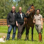 Team equi-art: Familie Hengefeld mit Duque und Hund Khalo