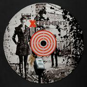 @ ERIK BONNET : Deconstruction desk, techniques diverses sur disque vinyl, 2011   { Effluve d'un désir,  cible étourdissante,  attirance mystérieuse. }  (Mo)