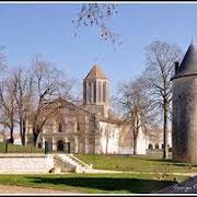 Parc, église de Surgères