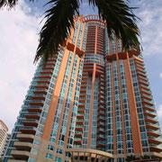 Miami Style Condo 1