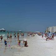 der Strand in Clearwater ist für unseren Geschmack reichlich überfüllt...
