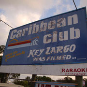 Unsere Erste Übernachtung im Auto auf dem Parkplatz vom Caribbean Club...