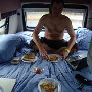 Es regnet... Dann gibts Frühstück im Bett....