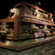 Teotihuacan, facciata Tempio Serpente Piumato
