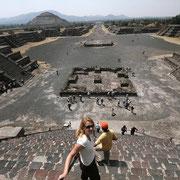 Visione dall'alto della piramide del Sole