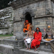 Katmandu, santoni