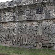 X Teotihuacan, Xochicalco, Serpente piumato