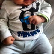 Samuel con camiseta Panda