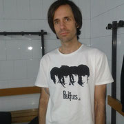 "Manolo Mejías con THG Camiseta ""The Beatles"" Diciembre de 2012"