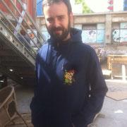 Desde Madrid, con una de nuestras prendas personalizadas. De las más difíciles que he realizado... Sudadera del video juego Metal slug 2