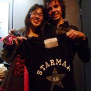 "Rubén Pozo posando conmigo con la camiseta ""Starman 2.0"""