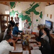 "Sitzung der Arbeitsgemeinschaft ""Limes in Hohenlohe"" im Wachthaus Am Limes"