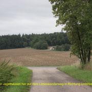 Ansicht vom Limes-Wanderweg von Jagsthausen her kommend; Blickrichtung von Süden
