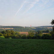 Der Standort des Wachthauses vom Grillplatz über Berlichingen aus gesehen!