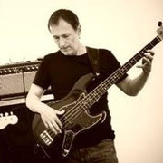 Ralf Steikowski - Bass