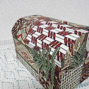 #267_マオリ伝統柄の宝箱型カルトナージュ_03(背面)