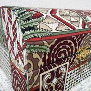 #267_マオリ伝統柄の宝箱型カルトナージュ_01