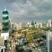 Panama City neu - aus der Luft (Prospekt)