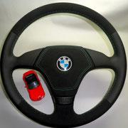 BMW, черная автокожа Wollsdorf гладкая напа, зелёная нить, подушка безопасности зашита в черную алькантару