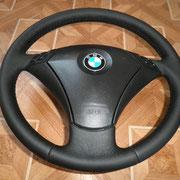 BMW:черная автокожа, черная нить