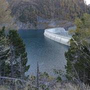 Diga del Lago di Luzzone  (posteggio) 1592 m