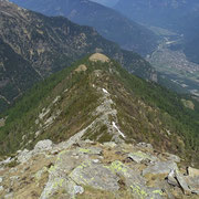 La cresta che arriva fino all'Alpe Matro Càuri