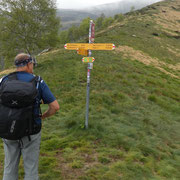 A 1506 m deviamo verso l'Alpe Pietrarossa