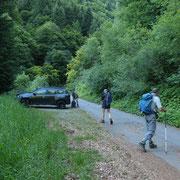 Partiamo da quota 1111 m sulla strada che da Roveredo (GR) sale a Roggiasca