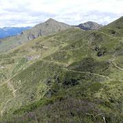 Ci abbassiamo all'Alpe di Montoia