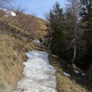 Sula sentiero per Tassera
