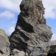 Monolito sulla cima quotata 2432 m