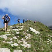 Dal Passo di Mem 2191 m proseguiamo in cresta