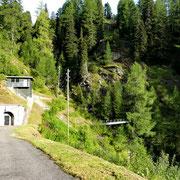 Prendiamo il sentiero per la Capanna Bovarina