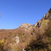 Dal posteggio vicino al Ponte di Bizzo 600 m