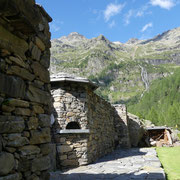 Arrivati alla Capanna Soveltra 1534 m