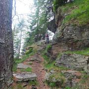 Scalinata prima dell'Alpe Peurett