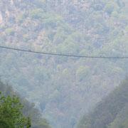 Ponte Tibetano visto dal  ponte  tra Sementina e Monte Carasso