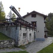 Capanna Tremorgio 1848 m