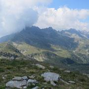 Verso il Pizzo di Claro e l'Alp de Mem