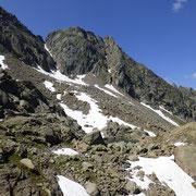 Laghetto Varozzèira 2405 m e Pizzo Campolungo