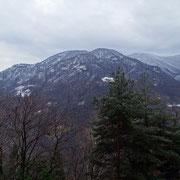 Da Costa 636 m verso l'Alpe di Naccio e Corona dei Pinci