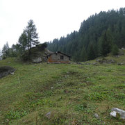Capanna Cara 1833 m