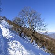 Su questo versante c'è ancora parecchia neve