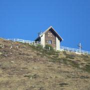Capanna al Legn vista da Cortaccio 1067 m