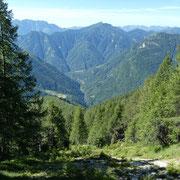 Sul sentiero per l'Alpe del Lago