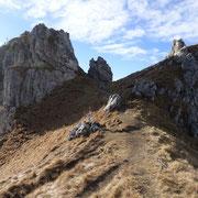 Monte Grona dal colletto tra la vetta e l'Anticima Est